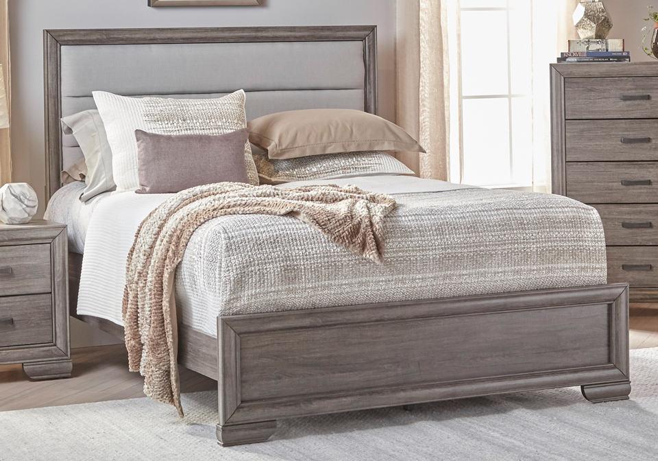 Ladonia Queen Bed | Evansville Overstock Warehouse