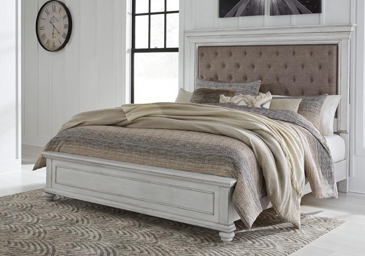 Kanwyn Whitewash Upholstered King Panel Bedroom Set